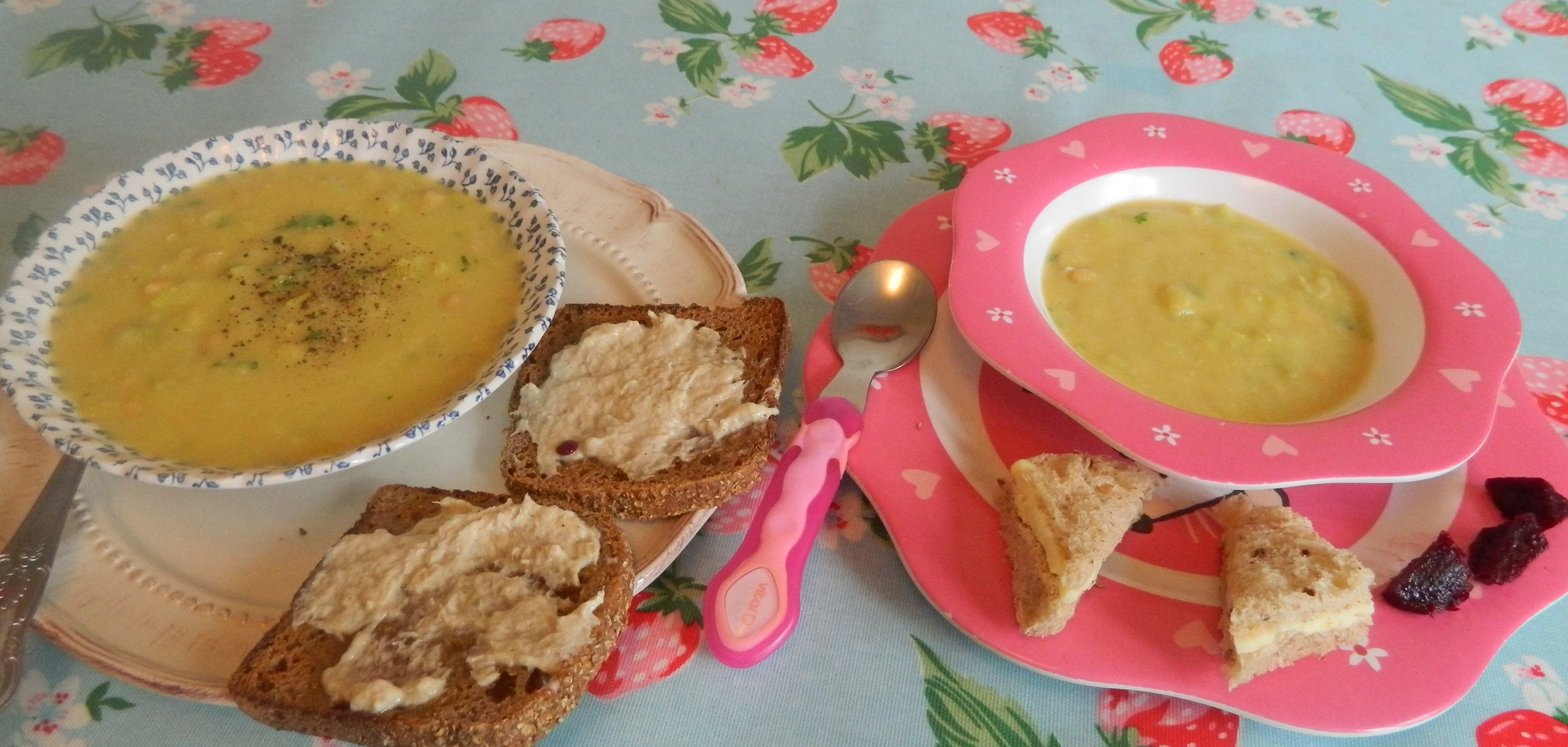 Whats for lunch chickpea and leek soup annies dorset kitchen this is a recipe from the first jamie oliver recipe book its easy quick and cheap and i cant find the recipe book so have been making my version of it forumfinder Gallery